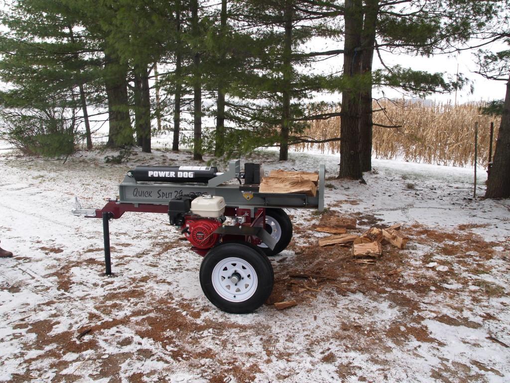 Power Dog horizontal log splitter