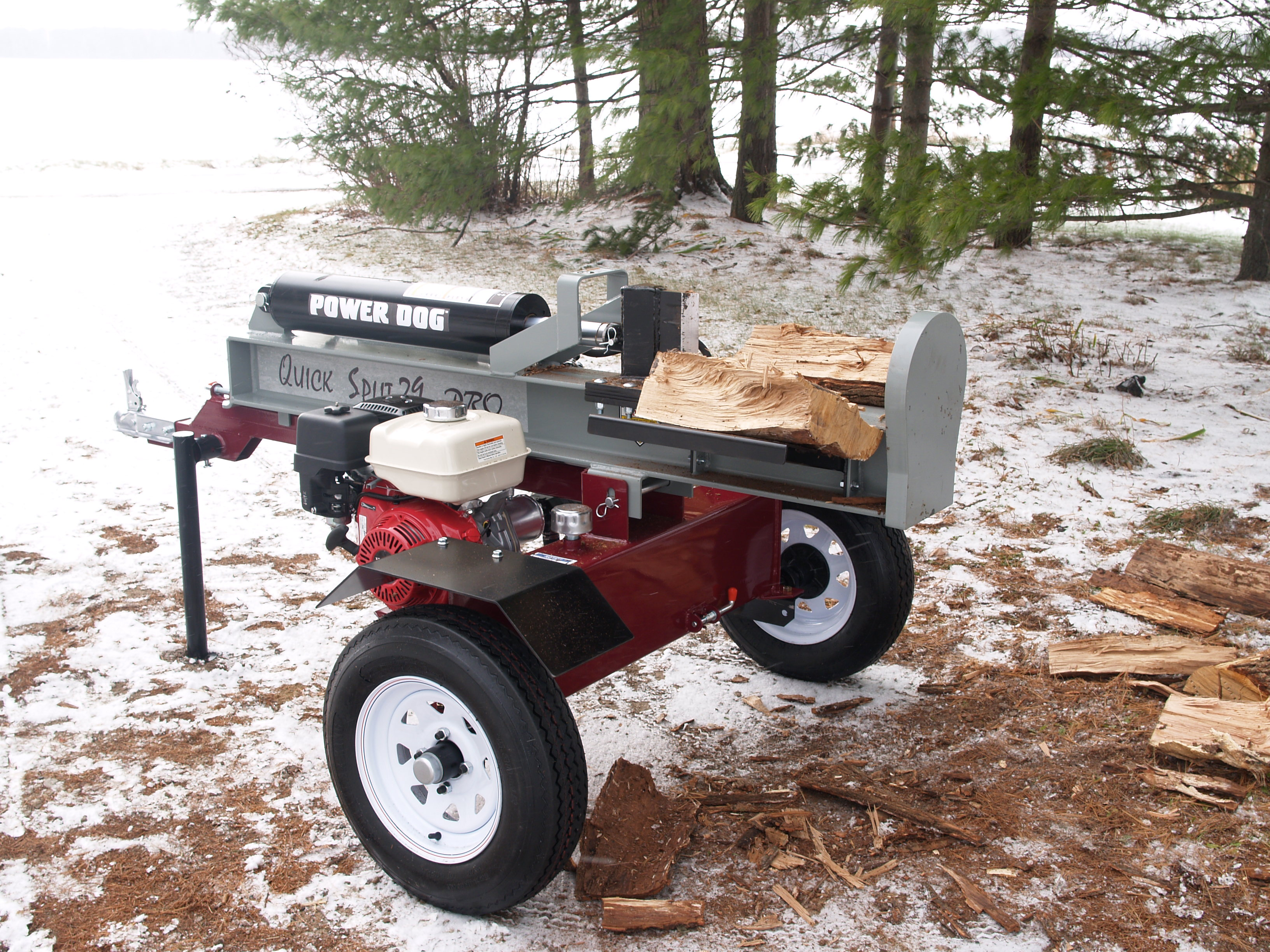 Power Dog vertical log splitter